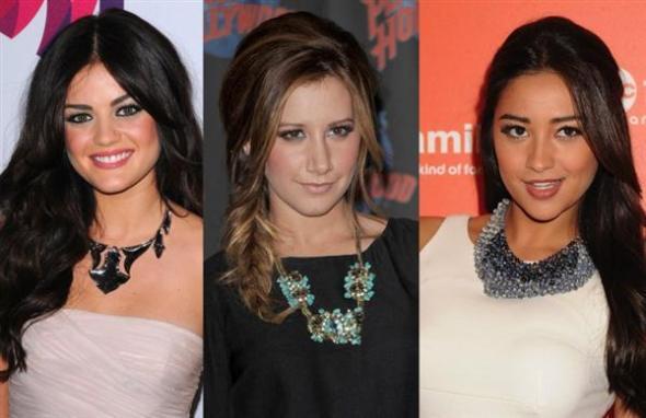 celebrity-jewelry-trends-2011-statement-necklace1