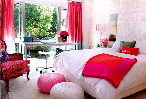 white-red-teen-girls-bedroom