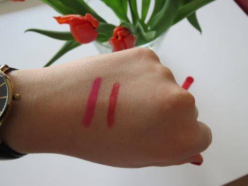 links roze, rechts rood